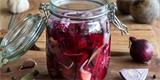 Připravte si domácí pickles, je to dobrota plná vitaminů. Recept pro začátečníky