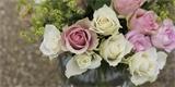 Nádherné dekorace z růží, které rozzáří váš interiér. 33 tipů, jak je naaranžovat