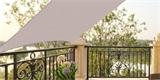 Clona na balkon vás ochrání před sluncem i poskytne soukromí. Jak ji vybrat?